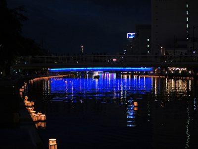 徳島市 新町川 灯籠流し
