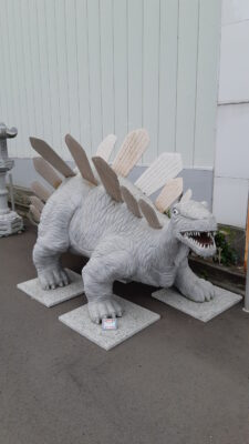 恐竜 白ミカゲ石